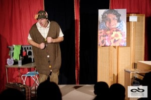 Monsieur Grimbuche une pièce de théâtre de comédie magique