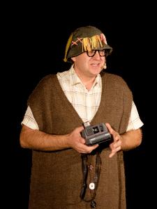 Le comédien Mr Roger Grimbuche, instituteur comique et magicien, comédie magique et théâtre de boulevard et d'humour