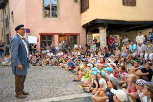 Crieur public de rue, spectacle de rue